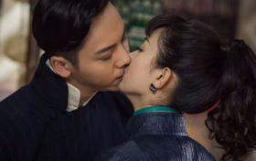 原创 演员拍吻戏为何只有上半身?镜头下移看清画面,确定不是搞笑的?