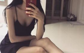 美丽的大长腿,尖头的高跟鞋,性感美女运动服写真