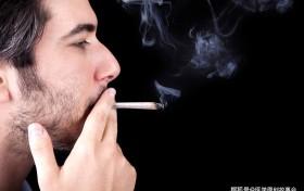 原创 寿命短的男人,吸烟时会有四个信号,若你四个都有,提示该检查了