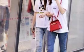 街拍:清纯美丽的时尚牛仔裤小姐姐