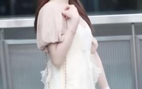 街拍:仙女风裙子的美少女