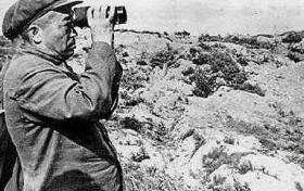 """在朝鲜战场,此人被彭老总称为""""诸葛亮"""",每次大战要找他谈谈!"""