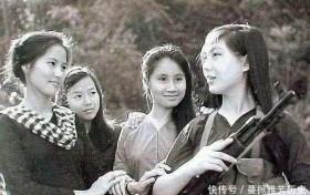 中越战争时期的越南女兵,从尸体身上搜出来的照片令人动容
